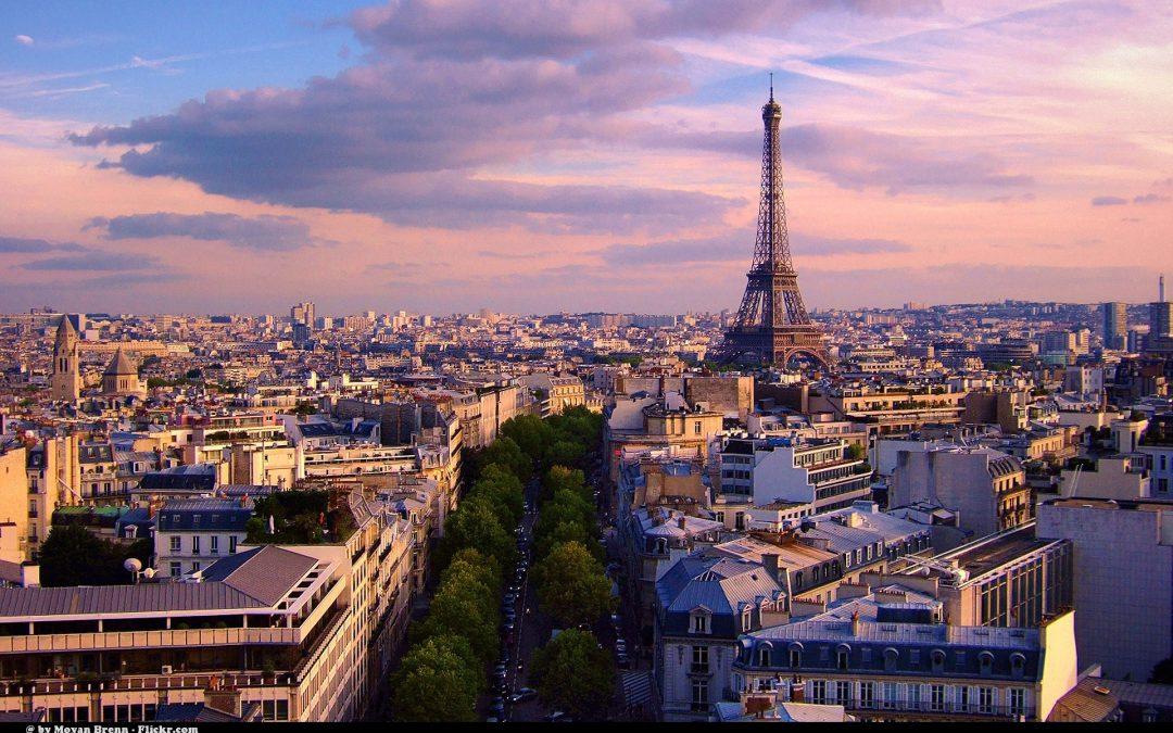 Destinazione Parigi, la città dell'amore è la meta ideale per un viaggio di coppia
