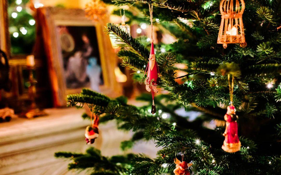 Natale in famiglia: 10 spunti per sopravvivere ai parenti